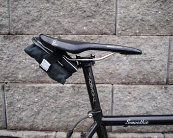 Bicycle Saddle Bag/Tool Roll (Black/Gray)
