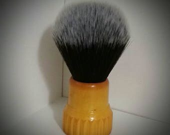 Restored Vintage Bristle-Tite N49 Butterscotch shave brush with black and white 24mm synthetic knot