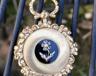 Antique Georgian gold mourning locket with rose-cut diamond forget-me-not
