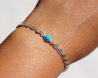 Bracelet chain textured silver circles, cut turquoise stone, turquoise and silver bracelet
