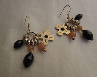 Golden ocher, orange and black beads and rings earrings