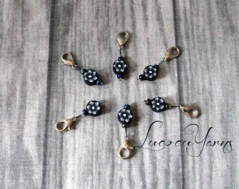 6 marker, stitch marker, marker, row counter
