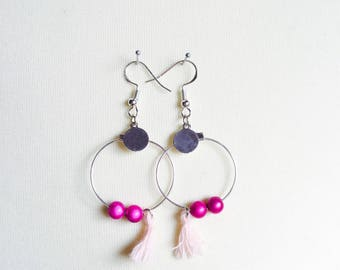 Silver earrings with pink pearls and pompons