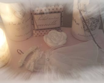 scented dress accessory for small boudoir