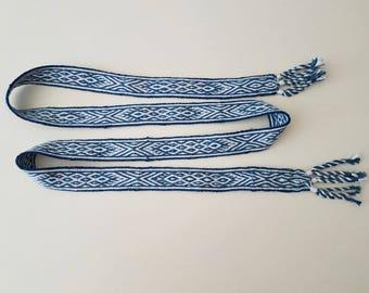 belt woven hand, 65,74 inch long by 1,18 inch wool, 60 weaving