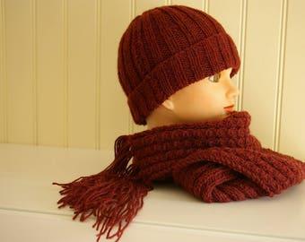 ROUND acrylic Burgundy Hat