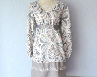 Dress Satin geometric pattern & Arabesque grey, Beige and Ecru, women size 44
