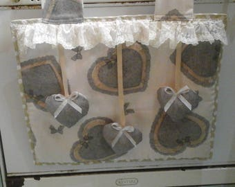 Shabby-chic oven cover with hearts and lace