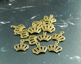 4 antique bronze Crown charms pendants