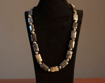 Grey Labradorite Necklace Oblong