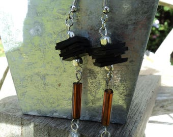 Stud Earrings in recycled air and brown glass beads and silver inner