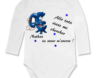 Bodysuit Hello Auntie just me. personalized with name