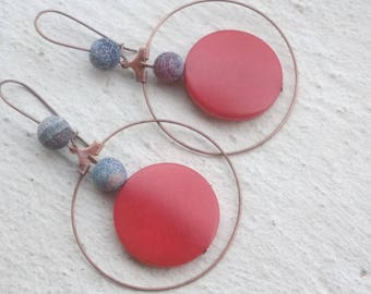 Earrings: Copper red and black planets