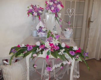 Center table Parma violet flower for wedding ceremony