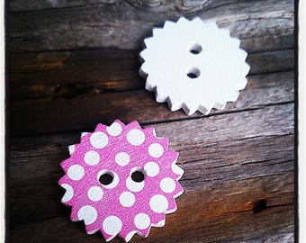 set of 2 buttons wooden star decorated with polka dot white on pink