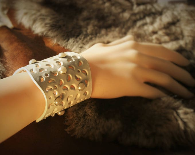 """Cuff Bracelet """"Vanessa"""" and white perforated leather riveted"""
