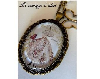"""""""mode PARIS"""" pendant necklace bronze metal."""