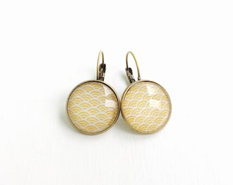 Stud Earrings - cabochon - waves yellow