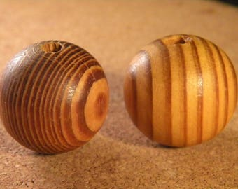 3 large wood beads natural stripes of the Peru - 29 mm - B38