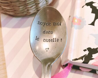 "Gift for a friend, MOM, Grandma ""drown me in the nutella!""-engraved spoon"