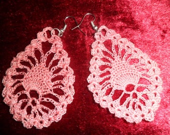 Pink drop earrings crochet pattern
