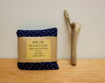 Meditation Eye pillow, filled with flax seeds, dreid lavender and lavender essential oil