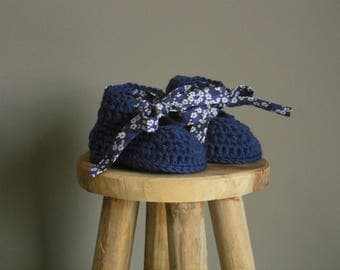 "Liberty ""crush"" crochet hat and booties set"