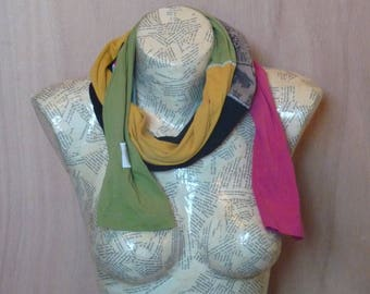 Colorful scarf, Assembly of sleeves, pink, black, blue, yellow, green, black floral Brown