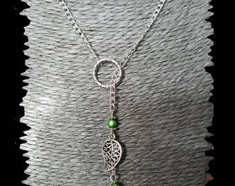 mid-long necklace in silver