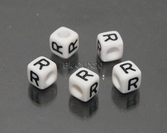 30 beads white cube letter R black acrylic 6mm M03116-R