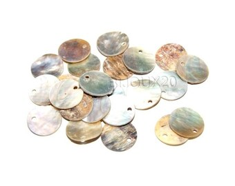 20 sequins 13mm shell Pearl lot M01857 pendant charm