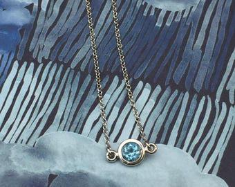 Aquamarine & 14k White gold floating pendant