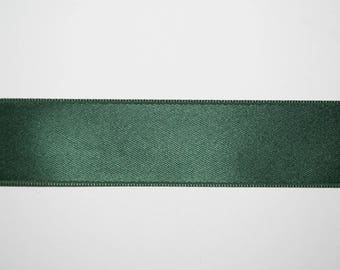 Satin Ribbon Double sided green Imperial 2,5 centimeters x 1 meter