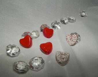 Set of 5 ceramic beads in the shape of hearts