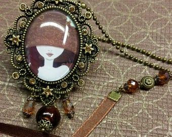 "Necklace pendants with Cabochon ""Lou"""