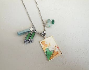 Necklace resin pin up retro vintage