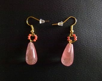 Light pink and gold vintage earrings