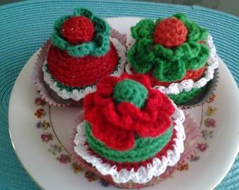 crochet Christmas cakes cupcakes