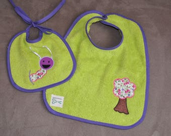 Set of two bibs chenille flowers theme