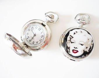 A Marilyn Monroe (ref 06) Pocket Watch silver color