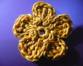 crocheted flower, yellow ochre, made in cotton