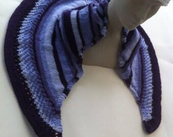 Shawl knit in degraded acrylic 4 tones of mauve