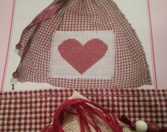 Bag embroidery (heart motif)