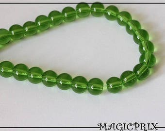Set of 40 beads 8 mm translucent green m1511 stained glass