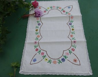 Embroidery naive hand work