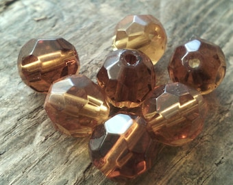 Set of 20 faceted glass beads / 8 mm / honey / 1 mm hole