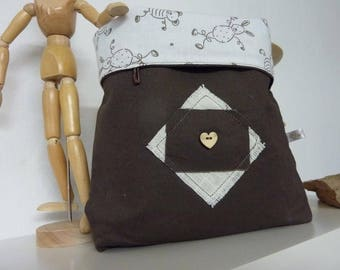Pouch - Brown - linen heart wood