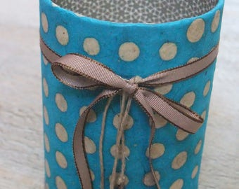 Pencil holder (No. 63) turquoise & taupe