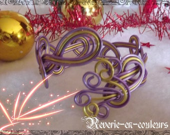"Bracelet ""Haska"" Purple and Green Aluminum wire"