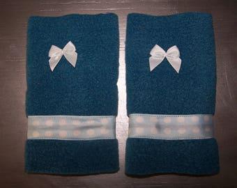 Child's mittens in fleece, fashion accessory